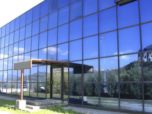 facciata continua semistrutturale / in vetro