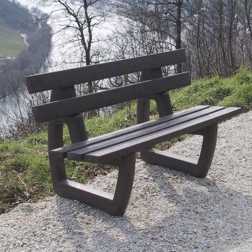 panca per spazi pubblici classica