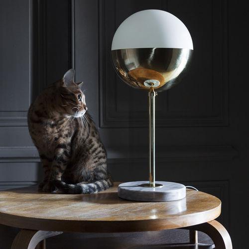 lampada da tavolo / moderna / in ottone / in ottone lucidato