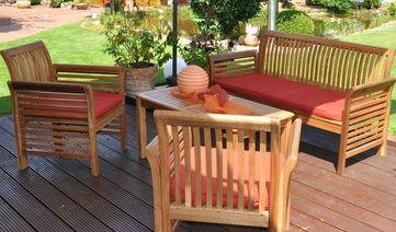 set tavolo e sedia moderno / in legno / da giardino / per uso residenziale