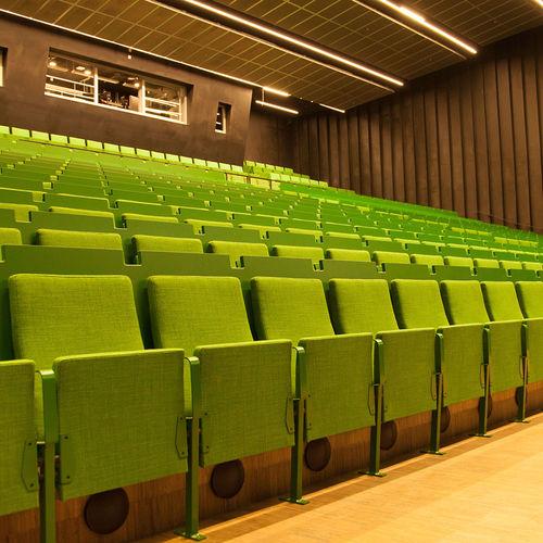 poltrona per auditorium moderna / in tessuto / in legno compensato / in pelle