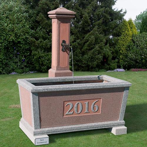 fontana da giardino / in calcestruzzo / classica