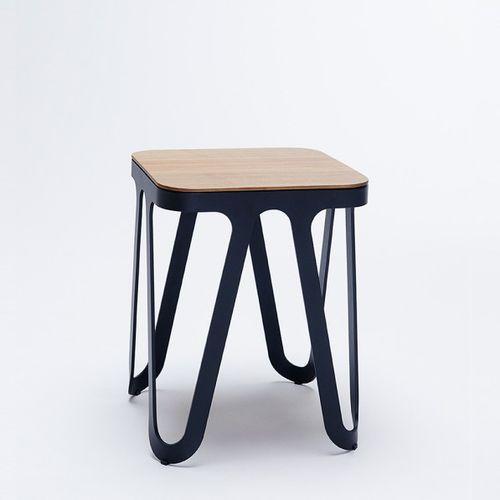 sgabello moderno / in quercia / in legno massiccio / in frassino
