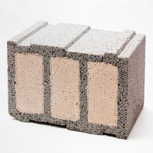 blocco di calcestruzzo forato / leggero / per muro / con isolamento integrato