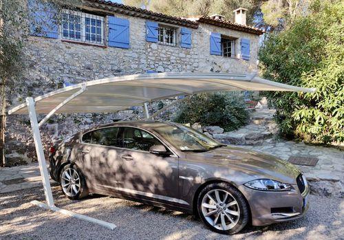tettoia per posto-auto in acciaio / in alluminio / in poliestere rinforzato con fibra di vetro / rivestita di PVC