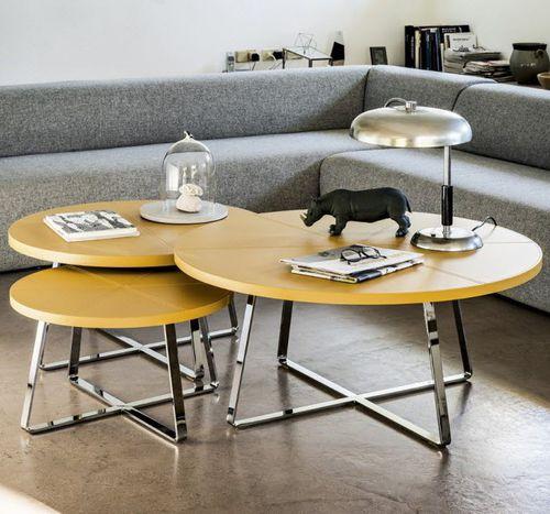 tavolino basso moderno / in metallo / in pelle / tondo