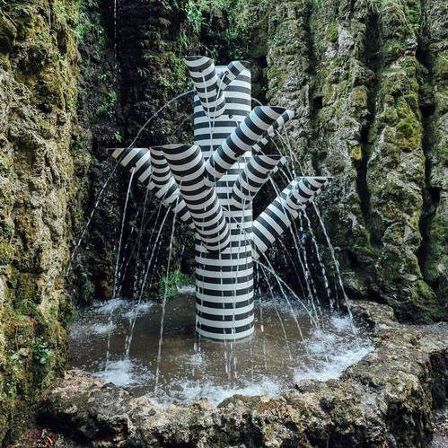 fontana da giardino / pubblica / in pietra ricostituita / moderna