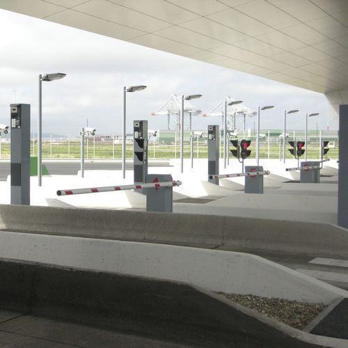 barriera gestione del traffico / per casello autostradale / a sollevamento / in acciaio