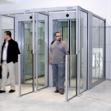 bussola di sicurezza per controllo accessi