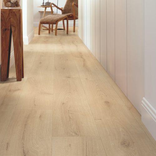 pavimento laminato in HDF / flottante a clic / aspetto legno / contract