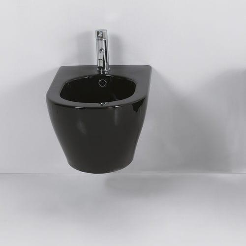 bidet sospeso / in ceramica
