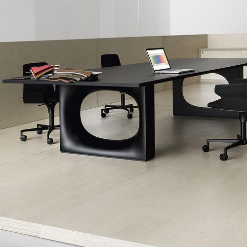 tavolo da conferenza moderno