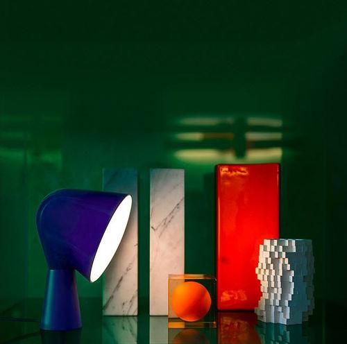 lampada da tavolo / design originale / in policarbonato / in ABS