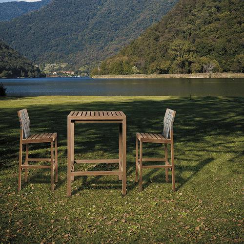 sedia alta moderna / in teak / in poliestere / da esterno