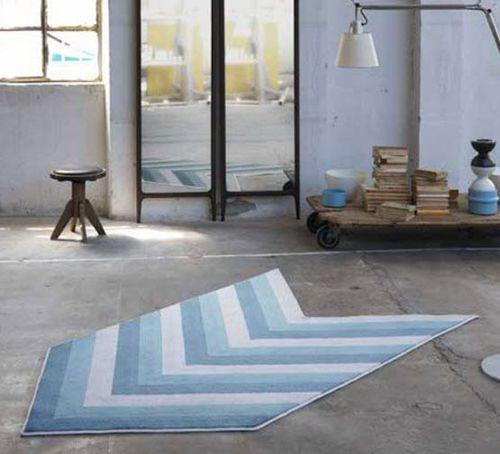 tappeto moderno / a righe / fatto a mano / su misura