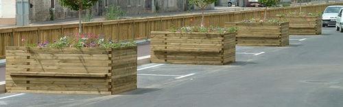 fioriera in legno / rettangolare / con panchina integrata / classica