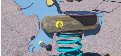 gioco a molla in legno massiccio / animale / monoposto