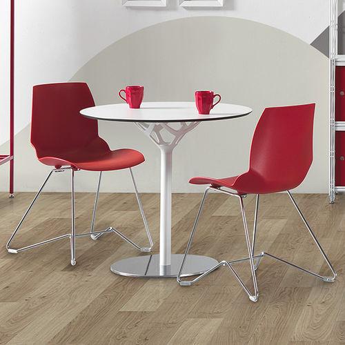 sedia moderna / con braccioli / impilabile / girevole