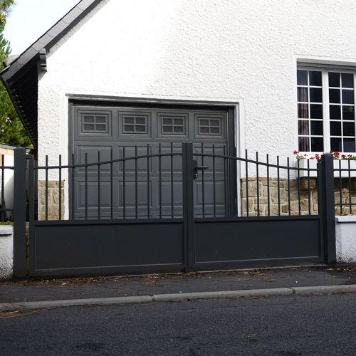 cancello battente / scorrevole / in alluminio / a sbarre