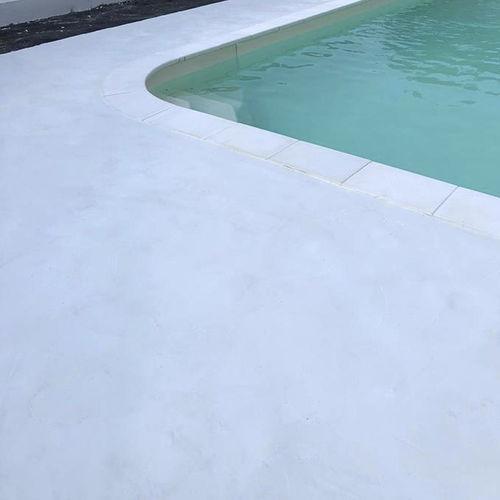 pavimento in cemento cerato