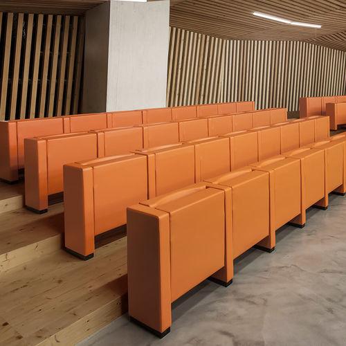 poltrona per auditorium moderna / in schiuma di poliuretano / con tavoletta / pieghevole