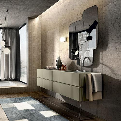 mobile lavabo sospeso