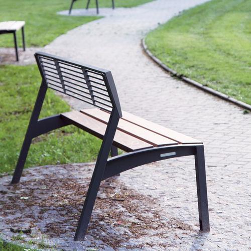 panca pubblica / moderna / in legno massiccio / con schienale