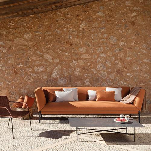 divano moderno / da giardino / in tessuto / di Lievore Altherr Molina