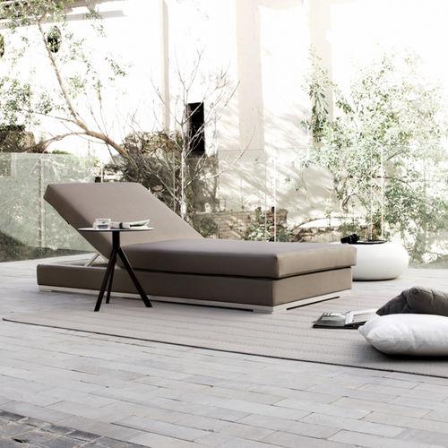 lettino prendisole moderno / in Sunbrella® / in alluminio / con schienale regolabile