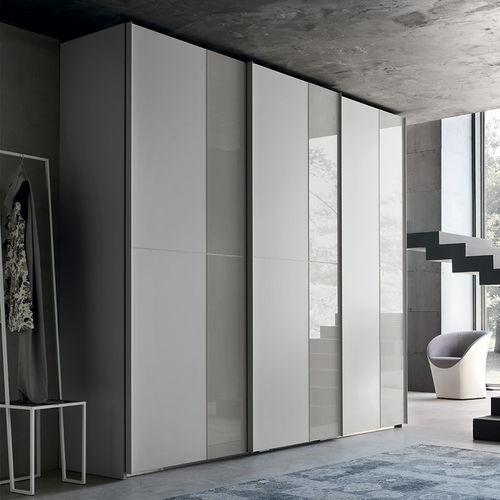 armadio moderno / in legno laccato / in frassino / in vetro laccato