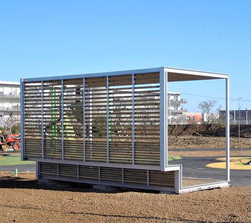 pensilina multifunzionale per spazi pubblici - URBADIS by Microarquitectura