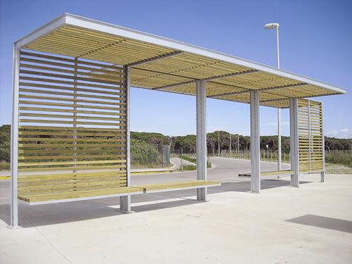 pensilina per fermata d'autobus in legno - URBADIS by Microarquitectura
