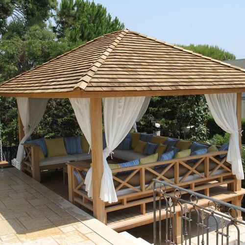 gazebo in legno / per spazio pubblico / contract / per hotel