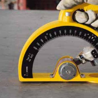 calcestruzzo ad alta resistenza / a presa rapida / colato / per cantiere