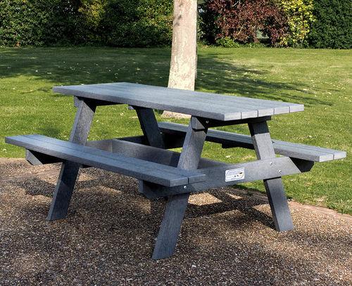tavolo da picnic moderno / in plastica riciclata / rettangolare / da giardino