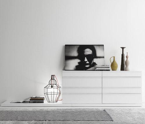 cassettone moderno / in legno laccato / in legno laccato brillante / bianco