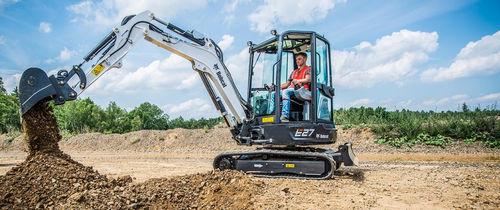 escavatore mini / cingolato / compatto / a basso consumo di carburante