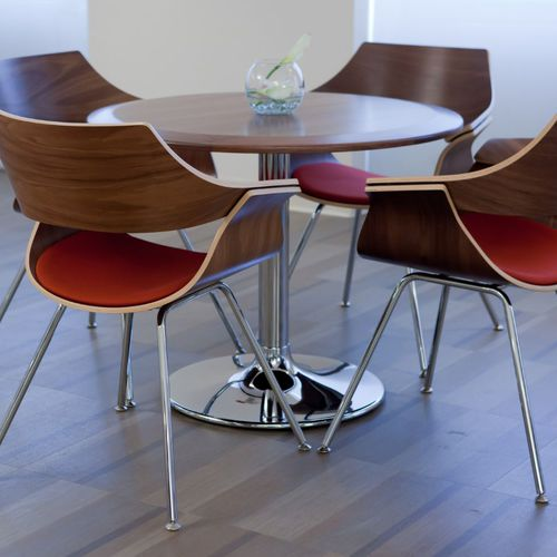 tavolo da bistrot moderno