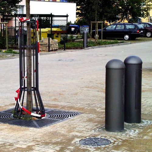 colonna di distribuzione elettrica / in acciaio galvanizzato / in alluminio / fissa