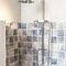 set doccia da parete / classico / contract / con doccia a mano