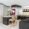 cucina moderna / in marmo / con isola / senza maniglie