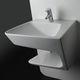 lavabo sospeso / in ceramica / moderno / con scaffale integrato