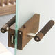 maniglia per porta / in legno / moderna