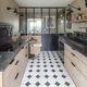 cucina moderna / in legno massiccio / in quercia / in pietra naturale