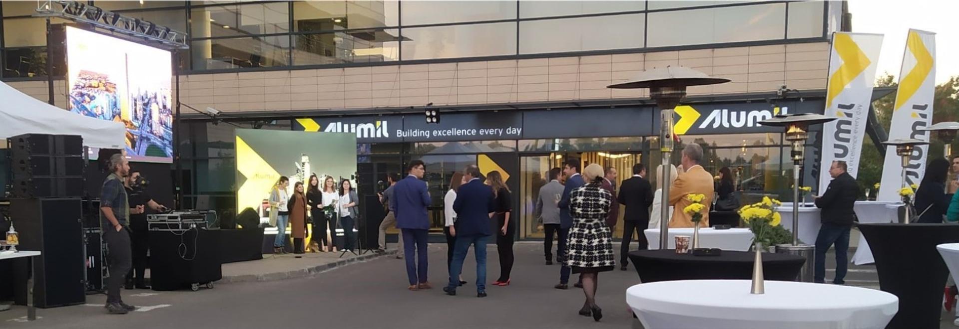 Inaugurazione del nuovo showroom rinnovato a Bucarest