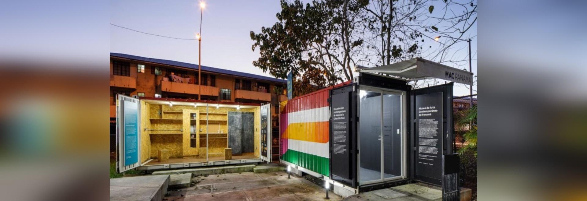 Il museo itinerante dei container porta l'arte contemporanea attraverso Panama