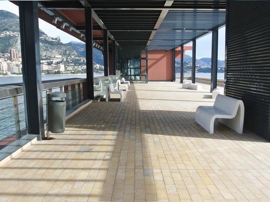 Emme Bench - Diga Rainier III - Montecarlo