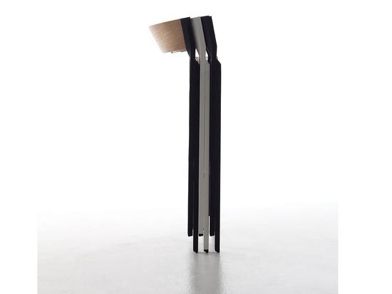 La sedia pieghevole progettata da Steffen Kehrle è un condensato di innovazione, qualità, rigore e affidabilità.