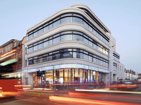 Un solo edificio residenziale Putney / FASE3