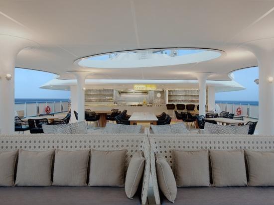 BG Studio prende spunti di design dai rettili per una nave da crociera di lusso a vela le isole Galápagos